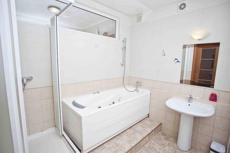 Если вы приехали в Киев для осмотра его достопримечательностей, то лучше всего выбирать мини-отель...